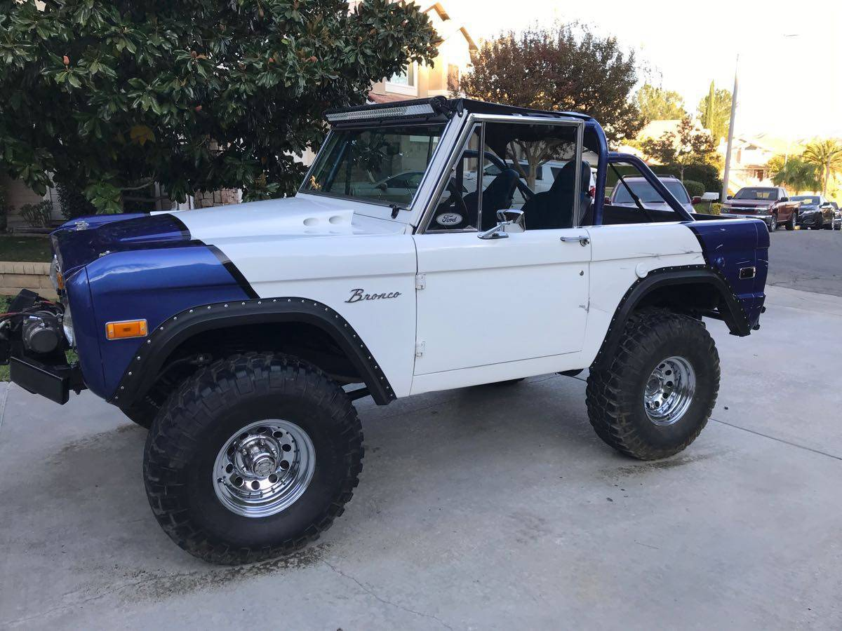 1967 Ford Bronco - BuiltRigs