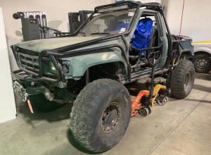 1987 Toyota Pickup, dual cases, winch, propane For Sale