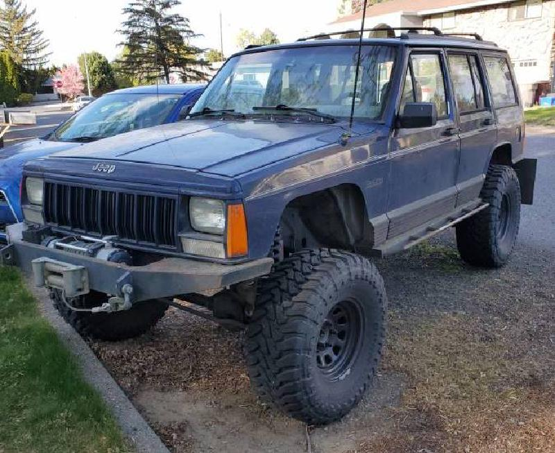 """1994 Jeep Cherokee XJ on 33s, 6"""" lift, winch For Sale - 1"""