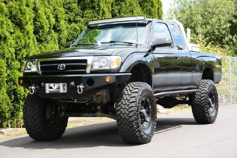 """2000 Toyota Tacoma, winch, 34"""" Toyos, 6"""" lift For Sale - 1"""