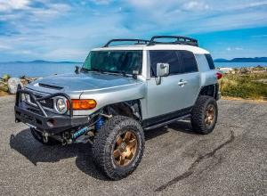 2007 Toyota FJ Cruiser, 6 spd, Kings, winch For Sale